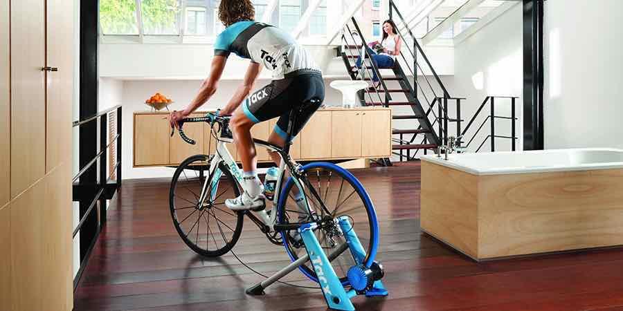 Ejercicios con bicicleta para hacer en casa